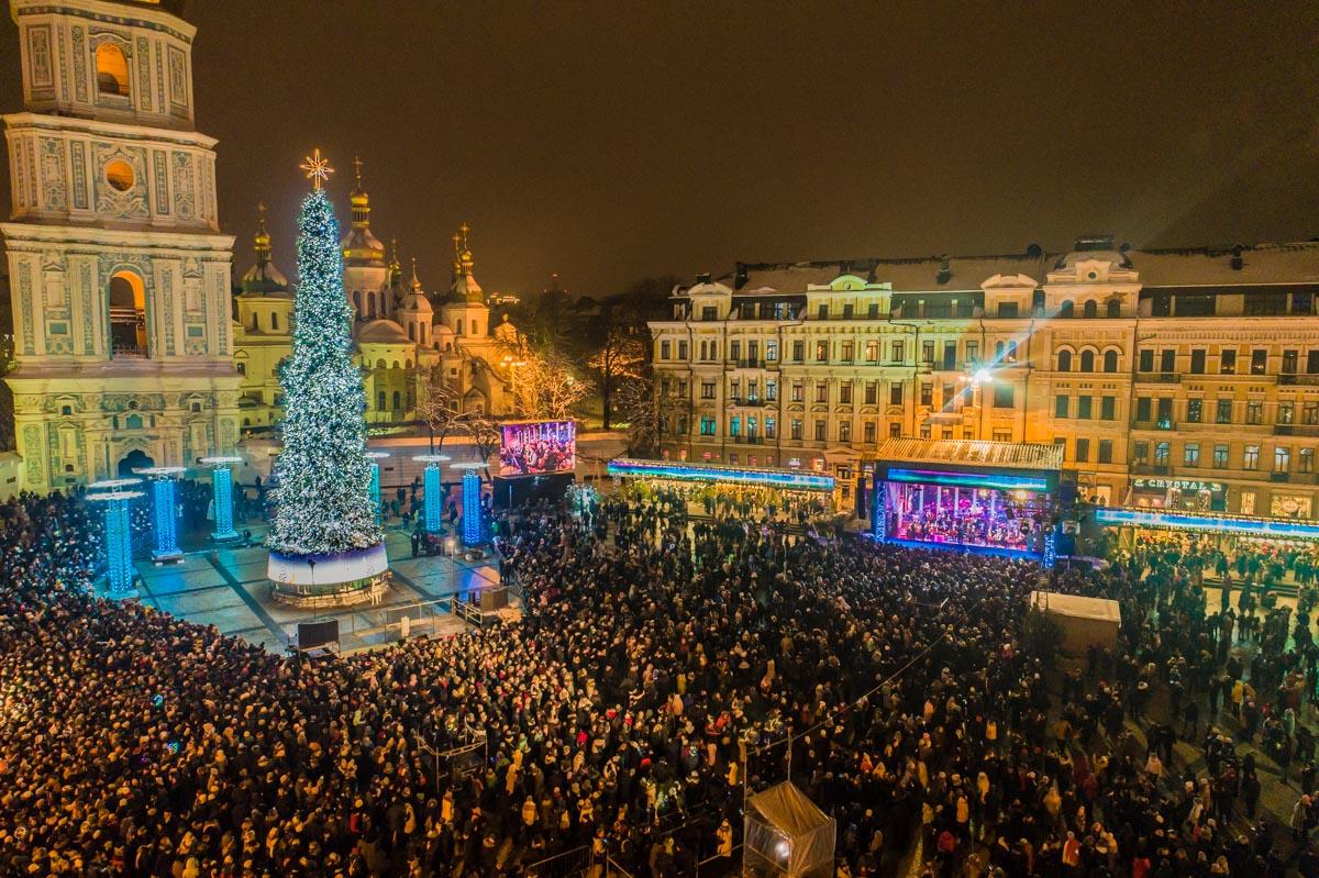Софийская площадь станет главной локацией Рождества в Киеве