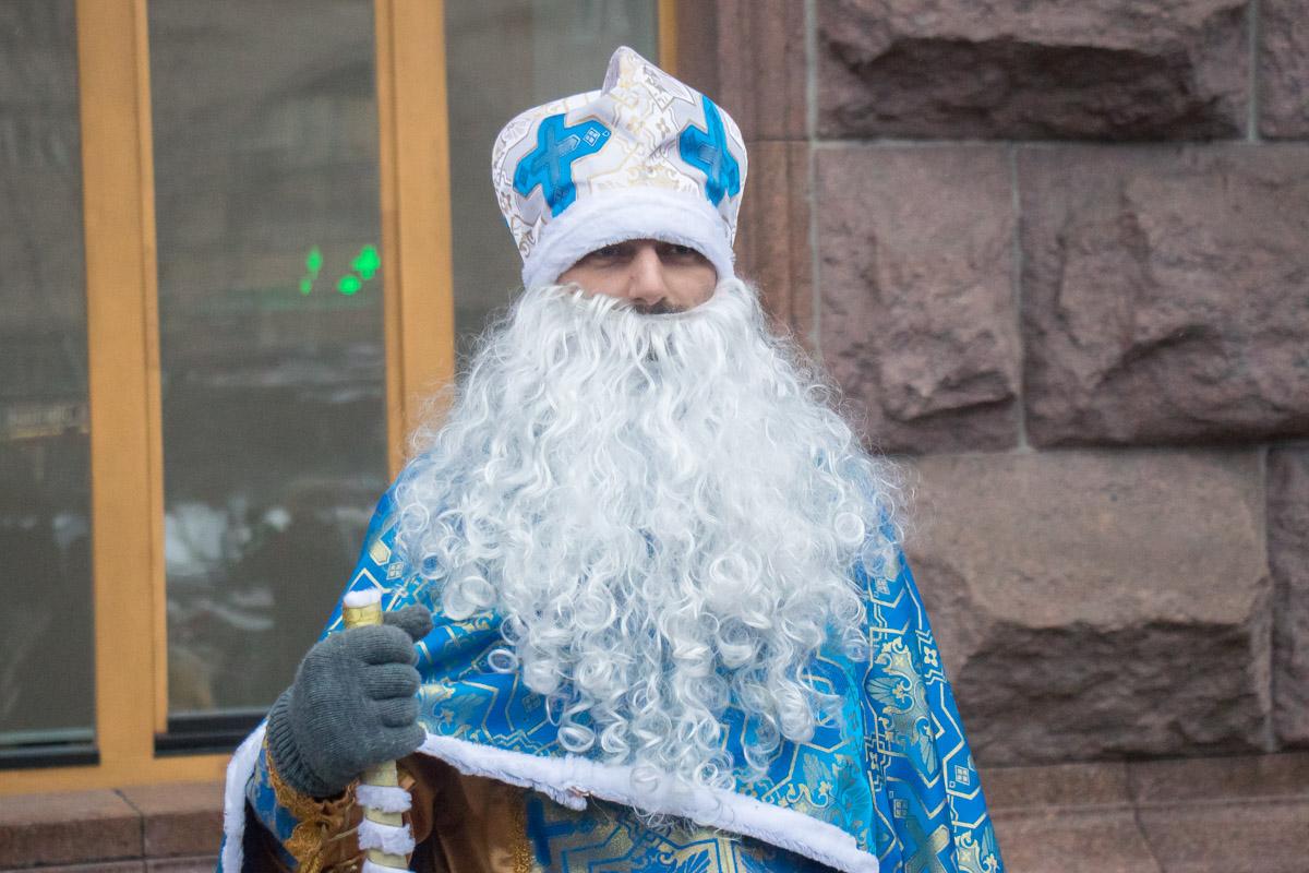 Из КГГА вышел настоящий святой Николай, с мешком и посохом
