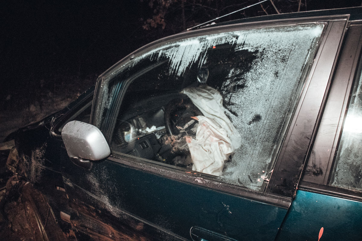 По словам очевидцев, в салоне был только водитель