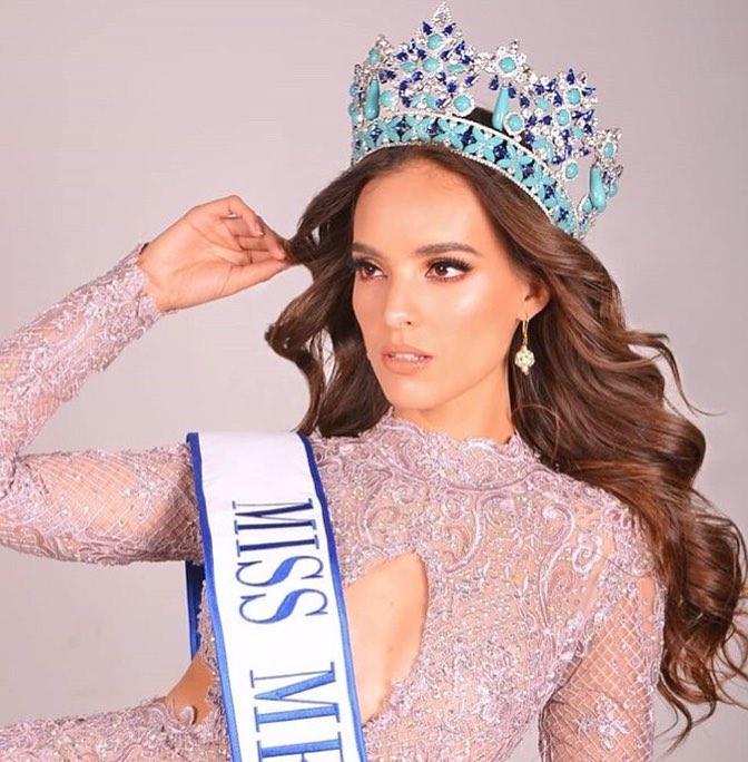 В таком образе Ванесса выиграла титул Мисс Мексики в этом году @vanessaponcedeleon
