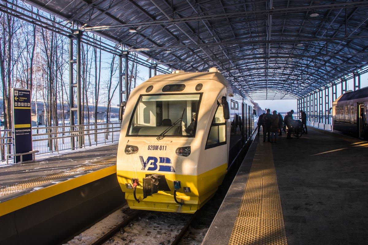 Поезд ждет новых пассажиров