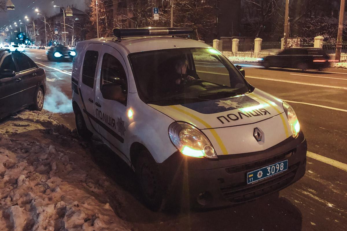 На месте работали сотрудники ГСЧС и полиции
