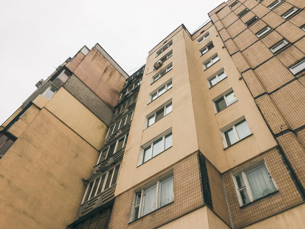 Квартира мужчины находилась на 7 этаже