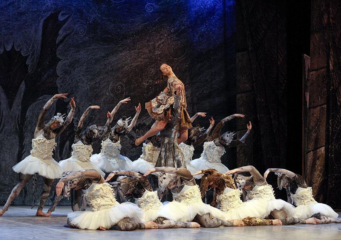 Спектакль «Щелкунчик» театра «Киев Модерн-балет» в 2007 году получил премию «Киевская пектораль» как «Событие года»