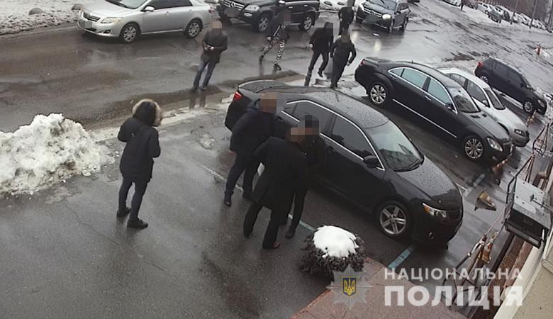 Видео с камер наблюдения момента избиения артиста