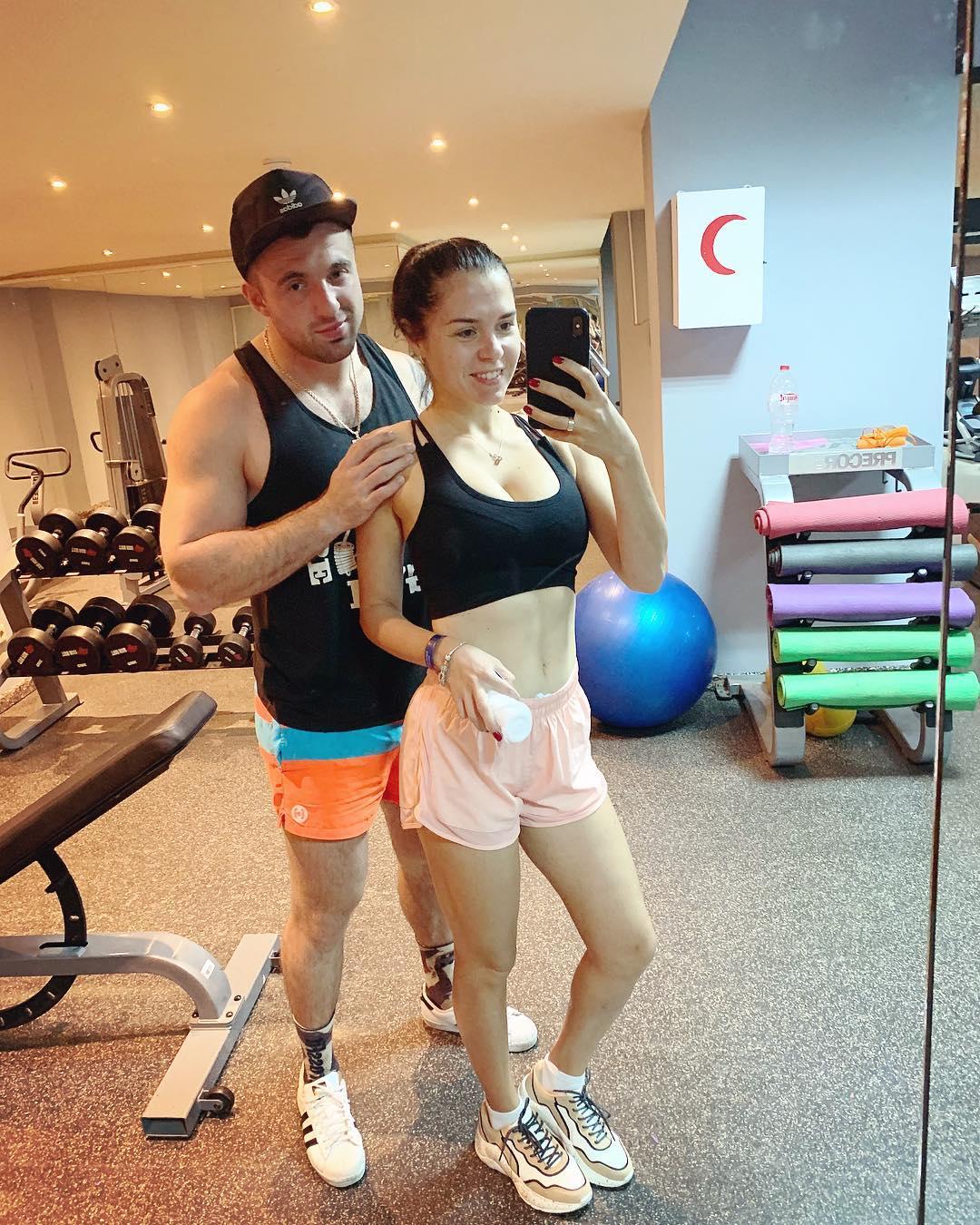 Военный вместе с супругой вели активный образ жизни