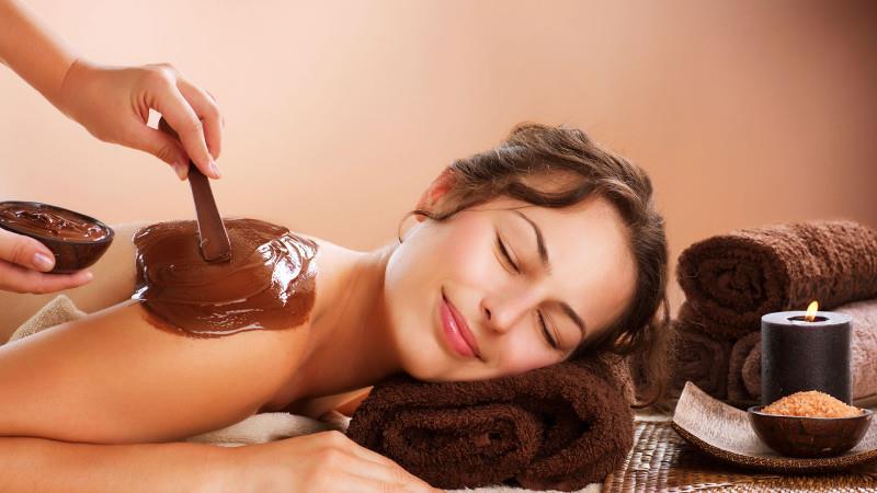 """Также популярность начали набирать так называемые """"шоколадные массажи"""""""