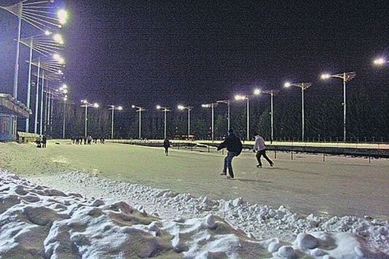 На этом стадионе тренируются спортсмены Киева
