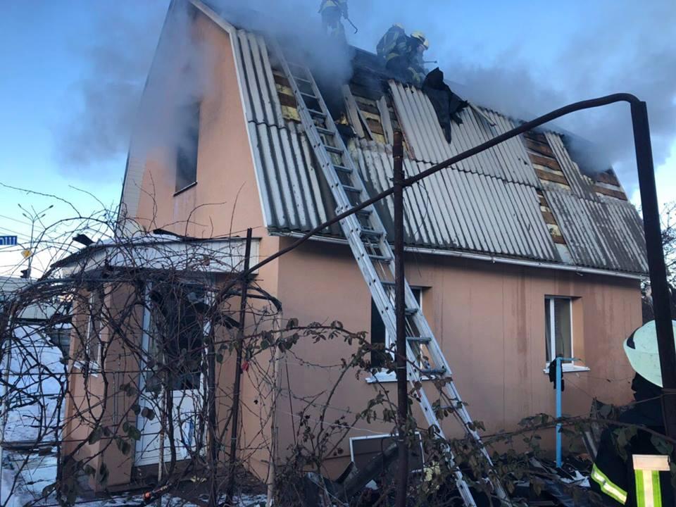 Площадь возгорания составила около 70 квадратных метров