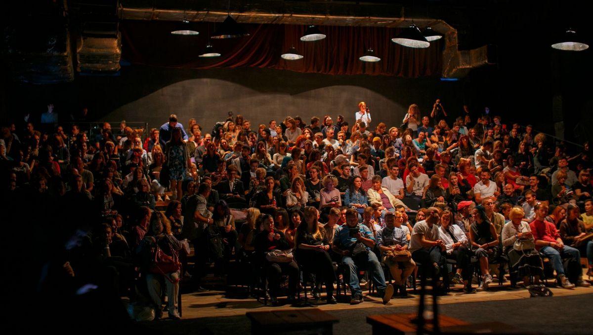 Актеры театра Золотые ворота готовы удивлять зрителя