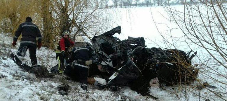 В результате аварии погибли три ребенка
