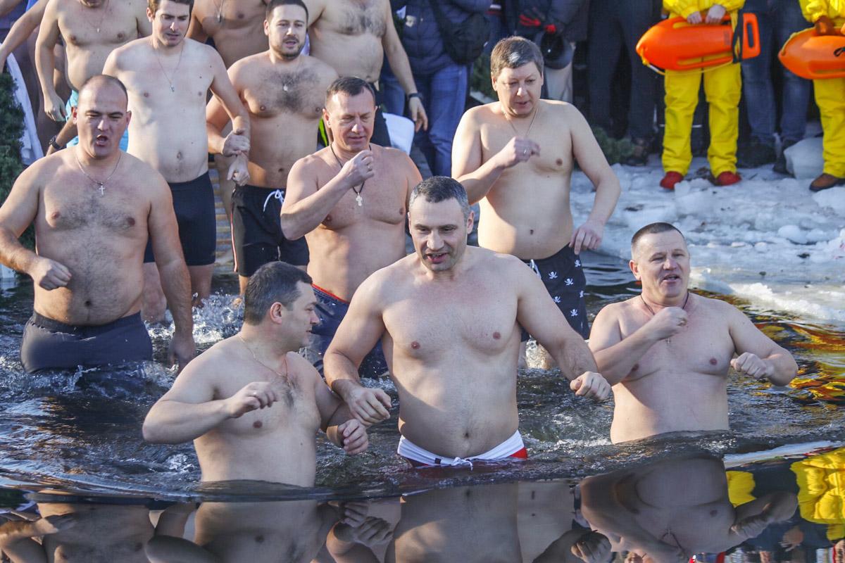 Крещение - это не только один из самых почитаемых православных праздников, но и время, когда можно увидеть не только физическую, но и духовную силу каждого