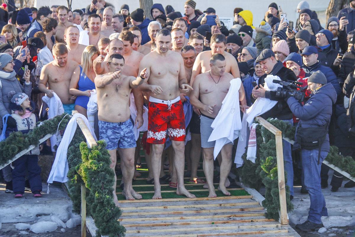 19 января в Украине отмечают один из главных православных праздников - Крещение