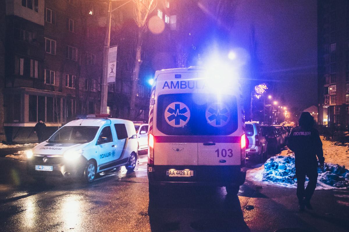 Медики пытались реанимировать пострадавшего, однако он скончался на месте