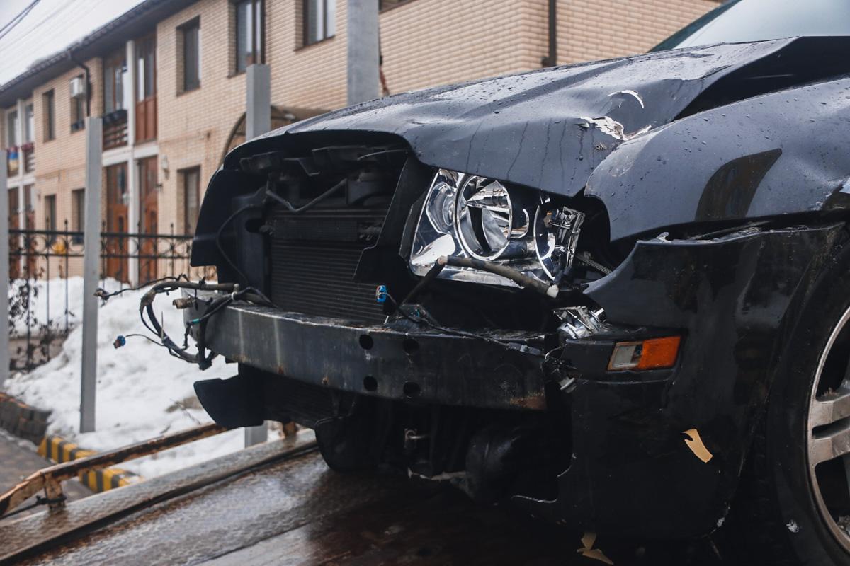 В момент смерти он находился за рулем своего автомобиля