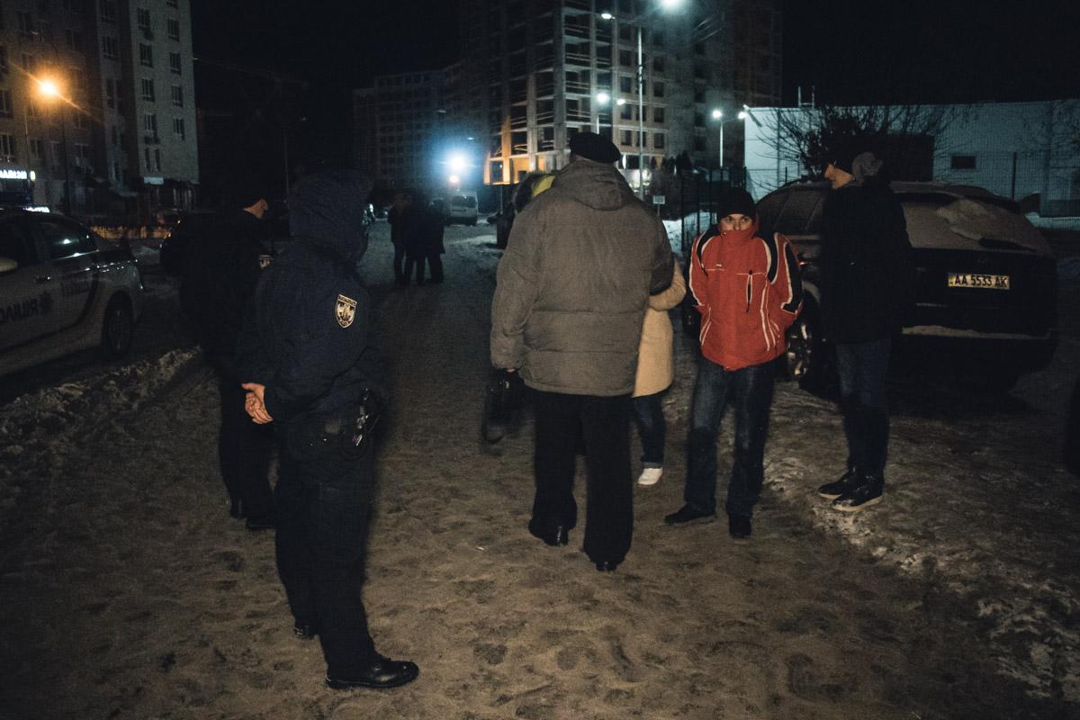 В ночь на 15 января по адресу проспект Академика Глушкова, 9а возле заправки GLUSCO произошла массовая драка