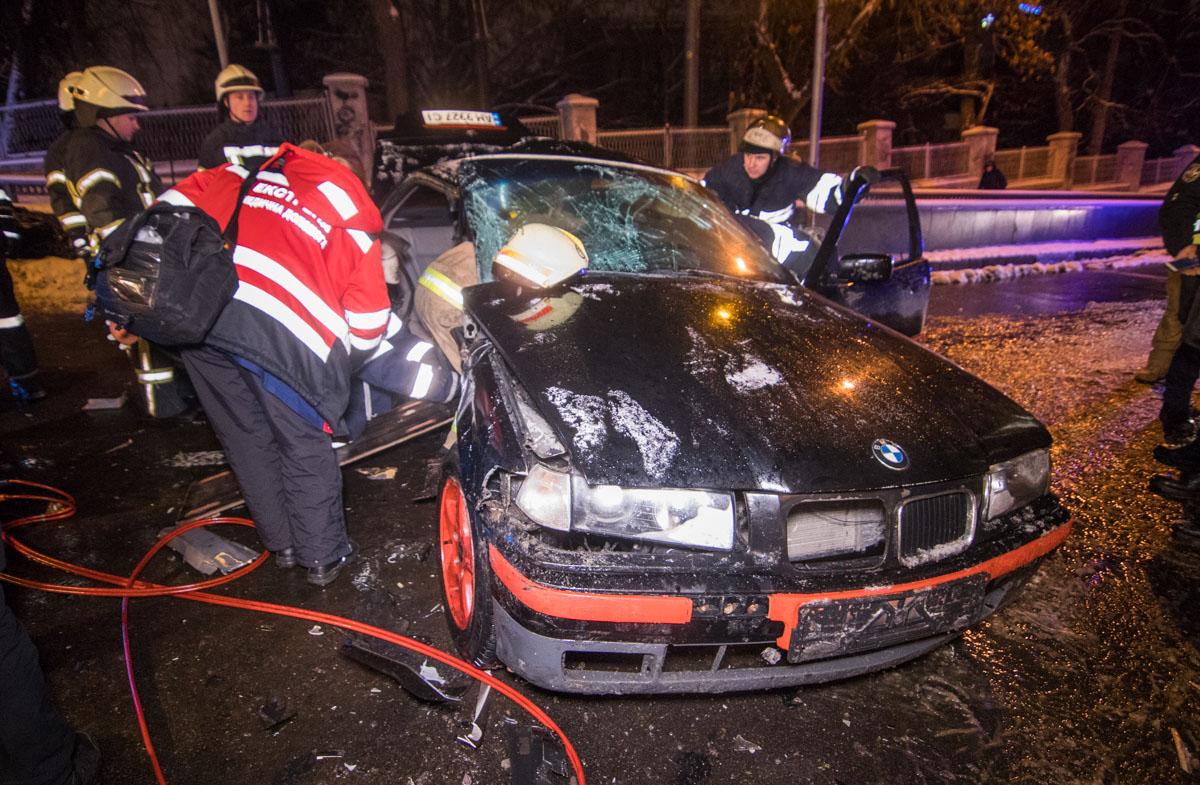 Daewoo на полном ходу влетел в BMW