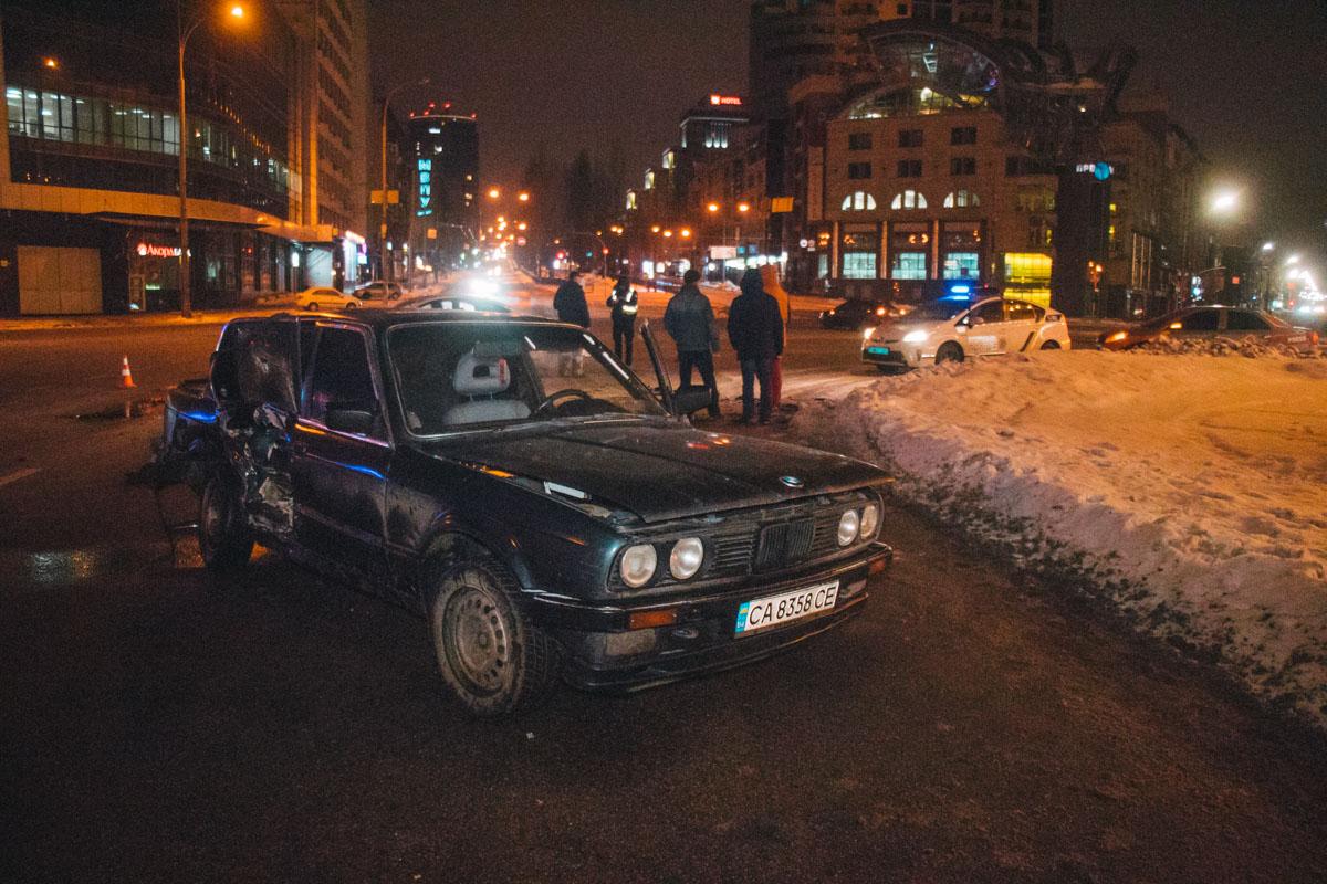 Авария случилась примерно в 00:45
