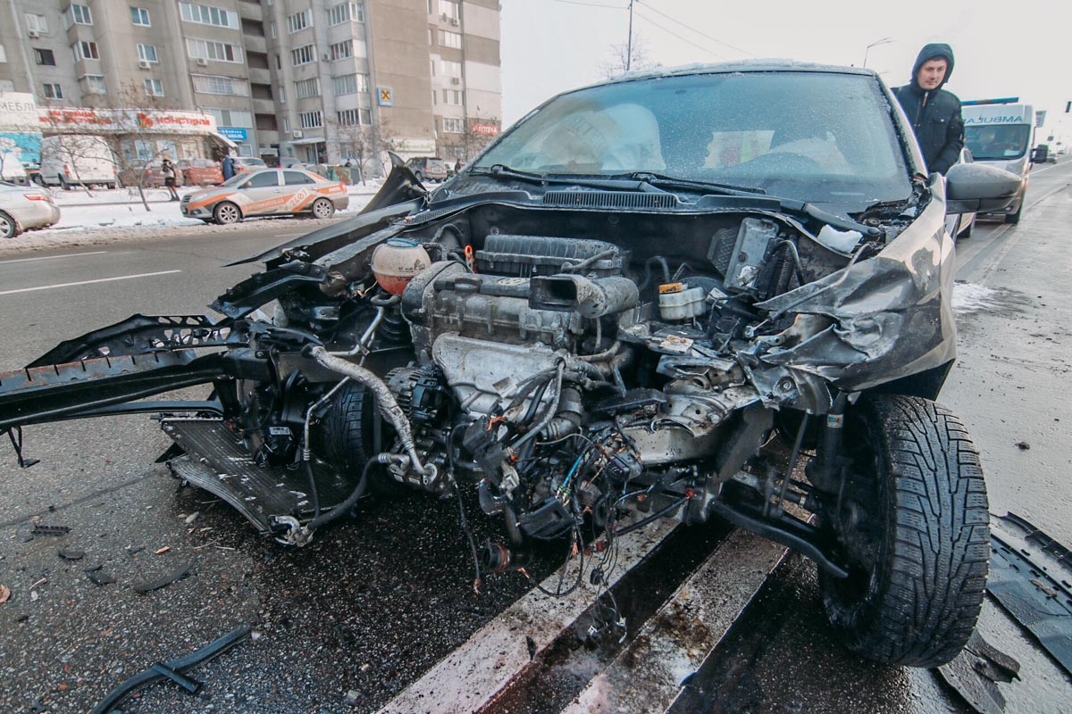 К счастью, женщина водитель Polo не получила серьезных травм