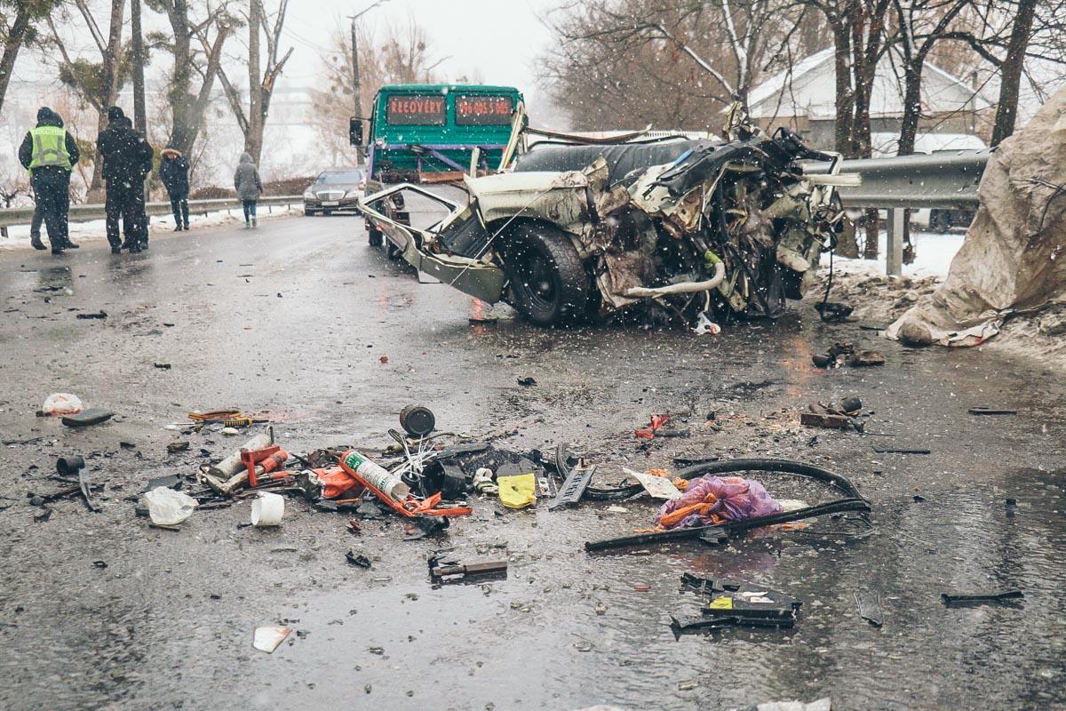 """В результате ДТП погибли трое пассажиров """"Запорожца"""""""