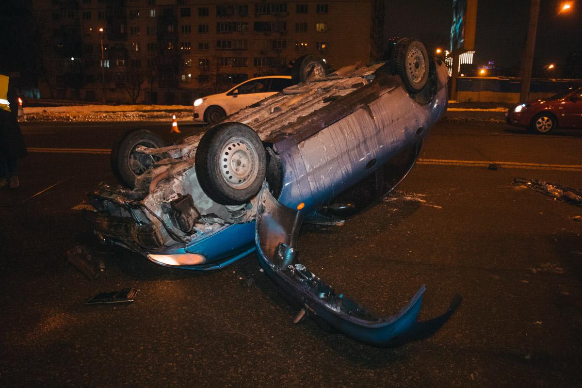 Водитель Daewoo двигался по Воздухофлотскому мосту и собирался съехать на проспект Победы