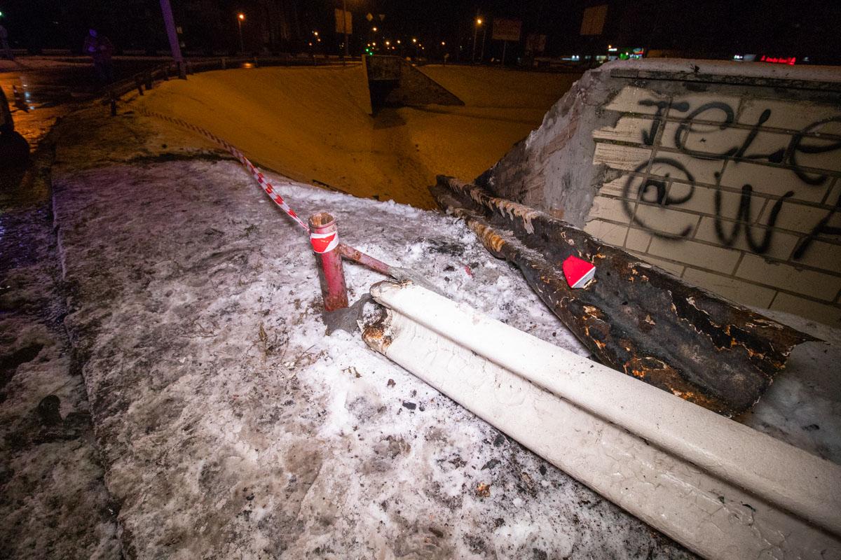 На проспекте Маяковского произошла серьезная авария с участием микроавтобусаMercedes Vito