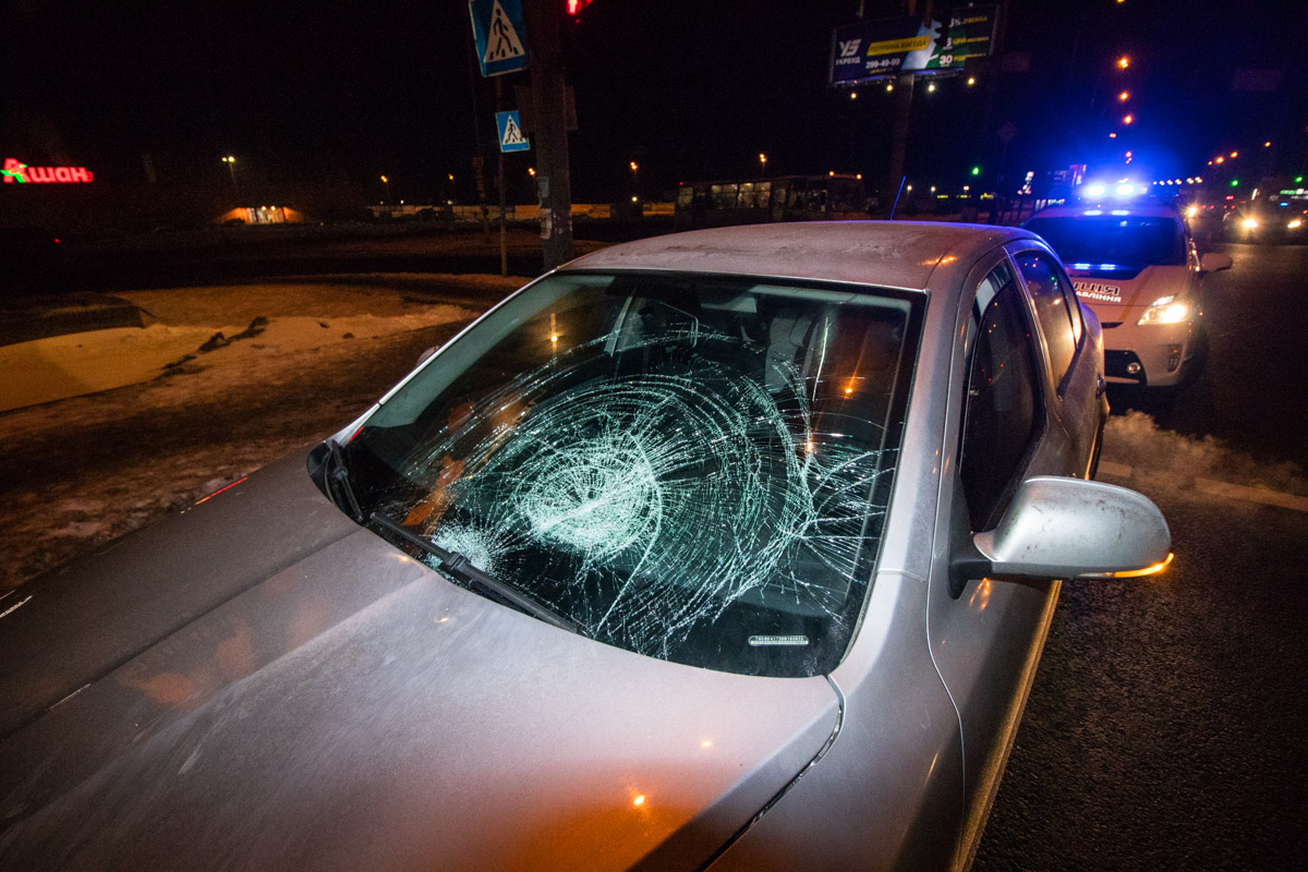 Пешеход попал под колеса автомобиля Skoda Octavia по адресу Большая Окружная дорога
