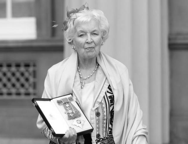Известная британская актриса Джун Уитфилд скончалась в возрасте 93 лет