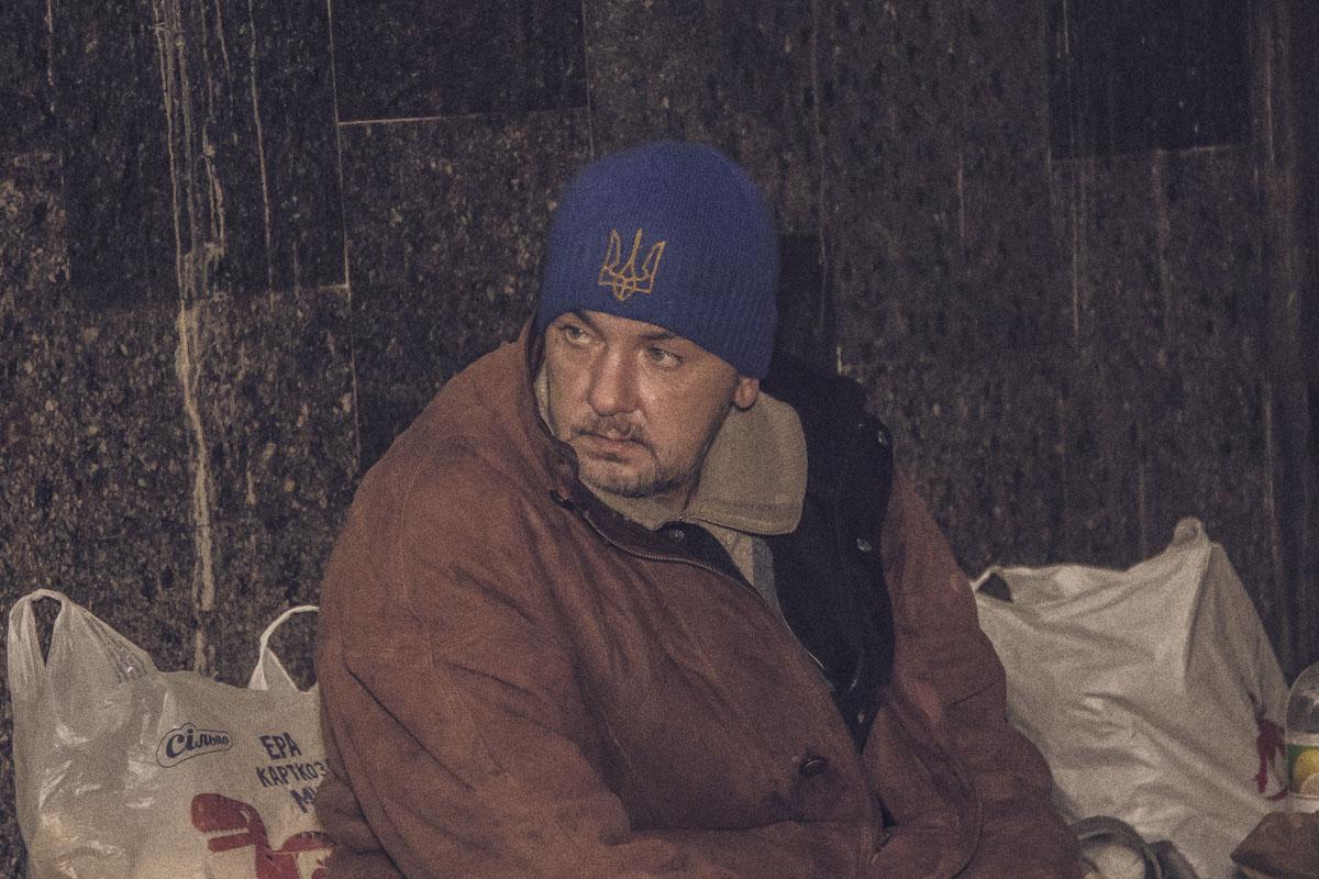 Александра сбила электричка, а после аварии он потерял работу и не смог наладить свою жизнь