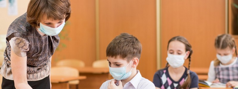 Школы Чернигова первыми в Украине ушли на карантин