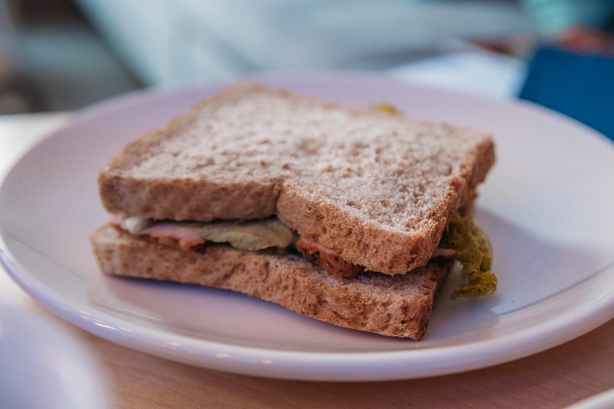 Мы оценили сэндвич с индейкой