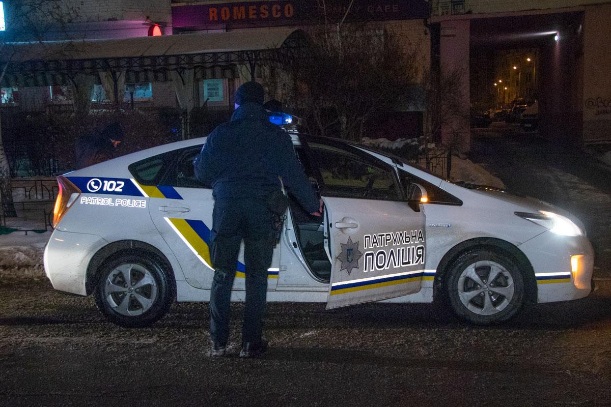 В пиццерииMister Cat по адресу улицаСрибнокильская, 3е произошел конфликт между двумя компаниями