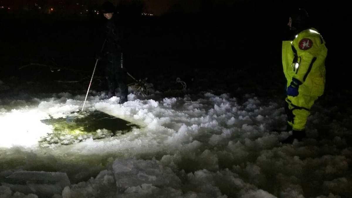 На улице Приречной, местные рыбаки обнаружили тело мужчины