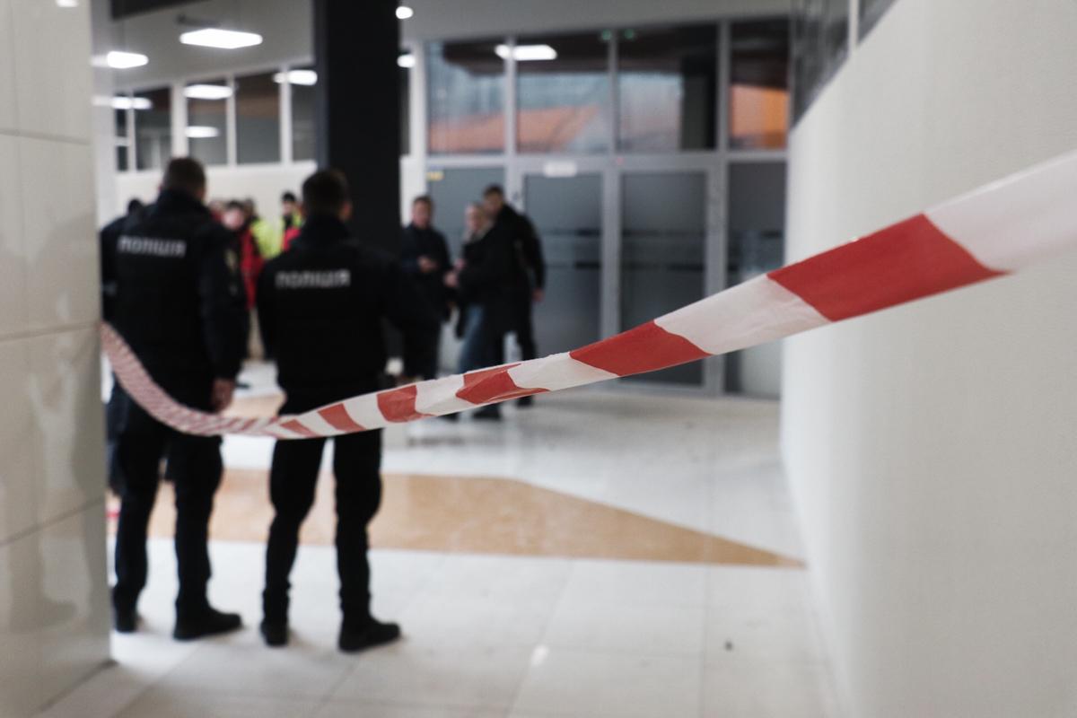 Взрыв произошел на третьем этаже ТРЦ