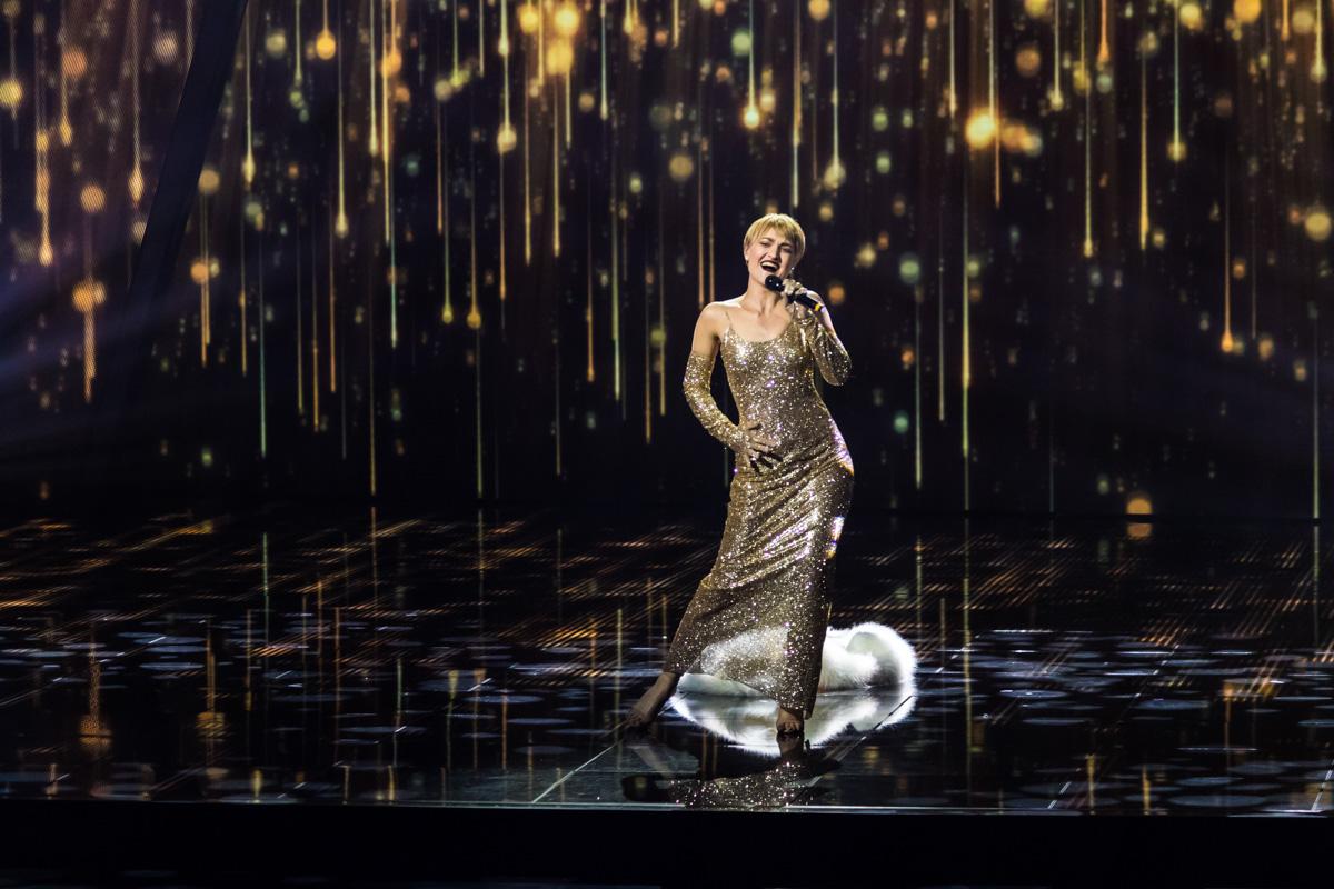 Vera Kekelia предстала перед зрителями в голливудском образе