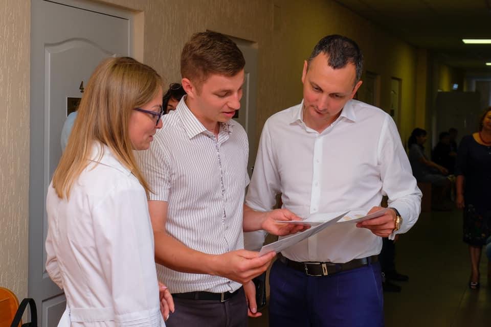 Советник председателя Днепропетровской ОГА Юрий Голик поблагодарил всех налогоплательщиков Днепропетровской области