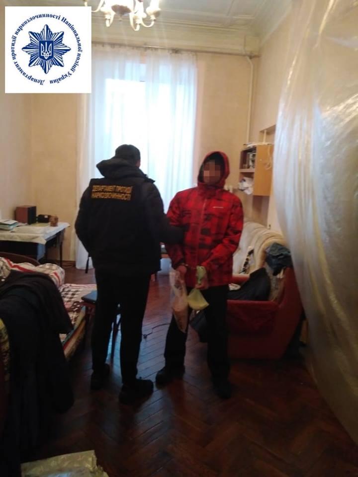 Им оказался 40-летний уроженец Российской Федерации, который сейчас проживает в Харьковской области