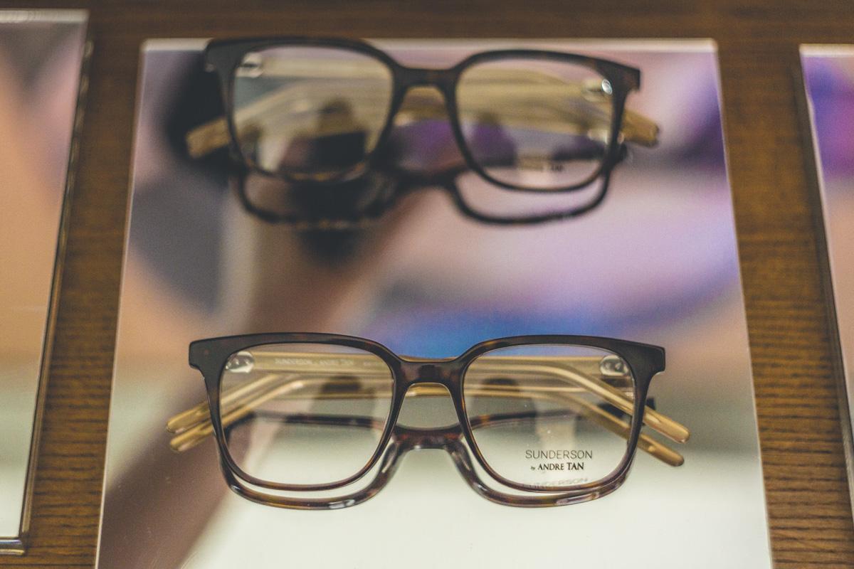 Времена, когда очки были только для коррекции зрения или имиджа, уже давным-давно прошли
