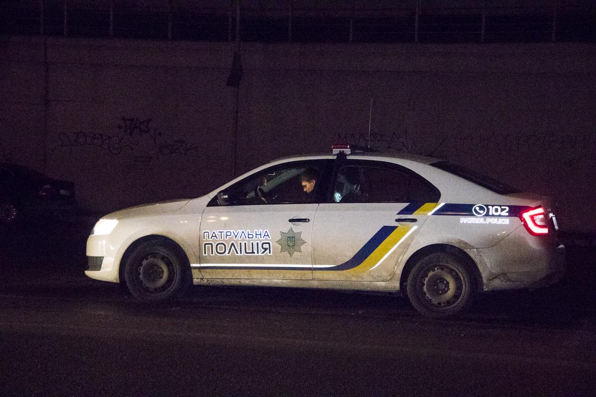 """На месте происшествия работали два экипажа патрульной полиции и """"скорая"""""""