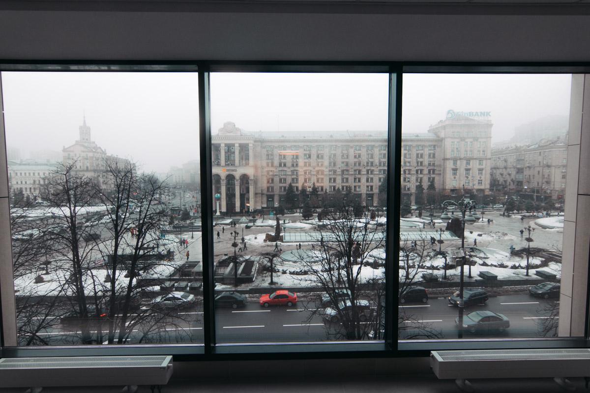 В здании установили панорамные окна, из которых открывается чудесный вид