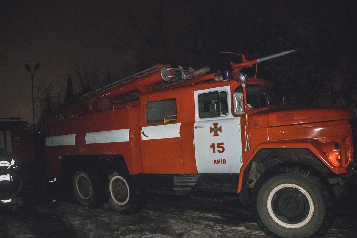 В Киеве по адресу Набережно-Печерская дорога, 8 произошел пожар