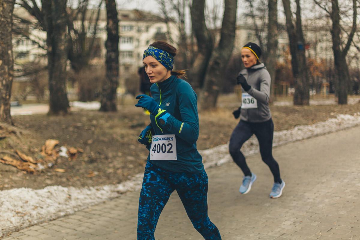 Девушкам построили маршрут длинной в 4000 метров, а мужчинам - 8000