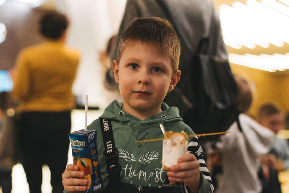 """McDonald's устроил для детей праздник в ТРЦ Gulliver на территории кинотеатра """"Оскар"""""""