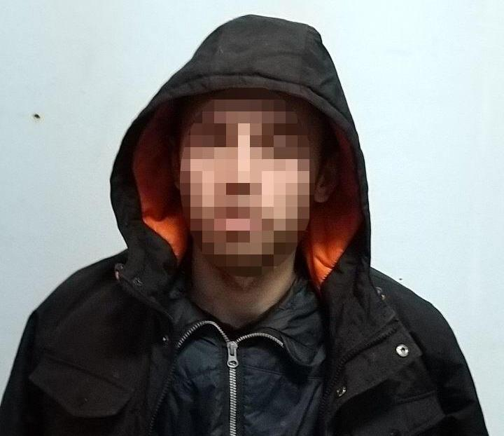 В Киеве задержали мужчину, который грабил школьников