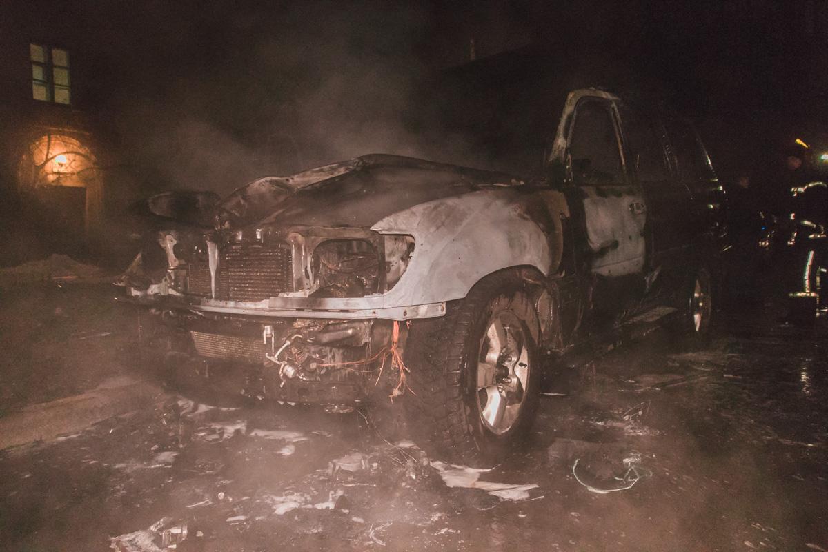 """Следует отметить, что автомобиль принадлежит семье депутата КГГА от """"Свободы"""""""