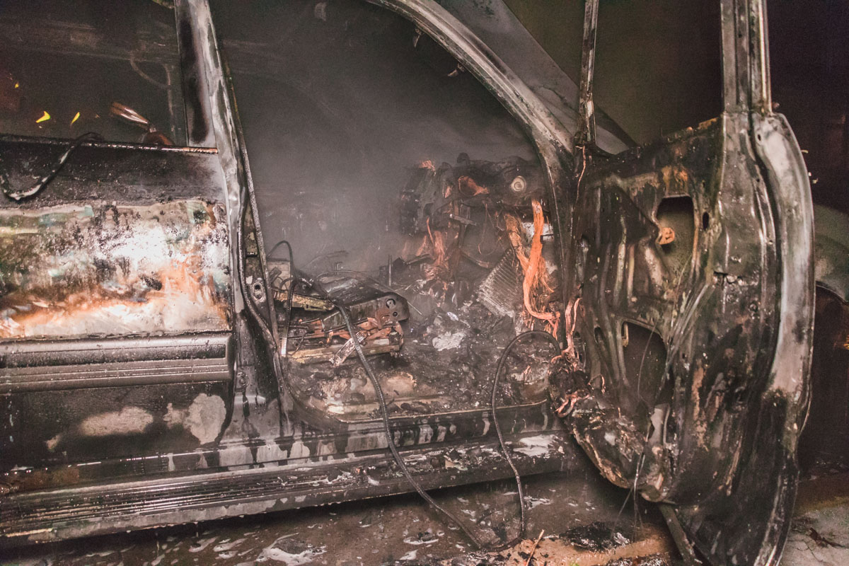 По предварительной информации, причиной пожара стал поджог