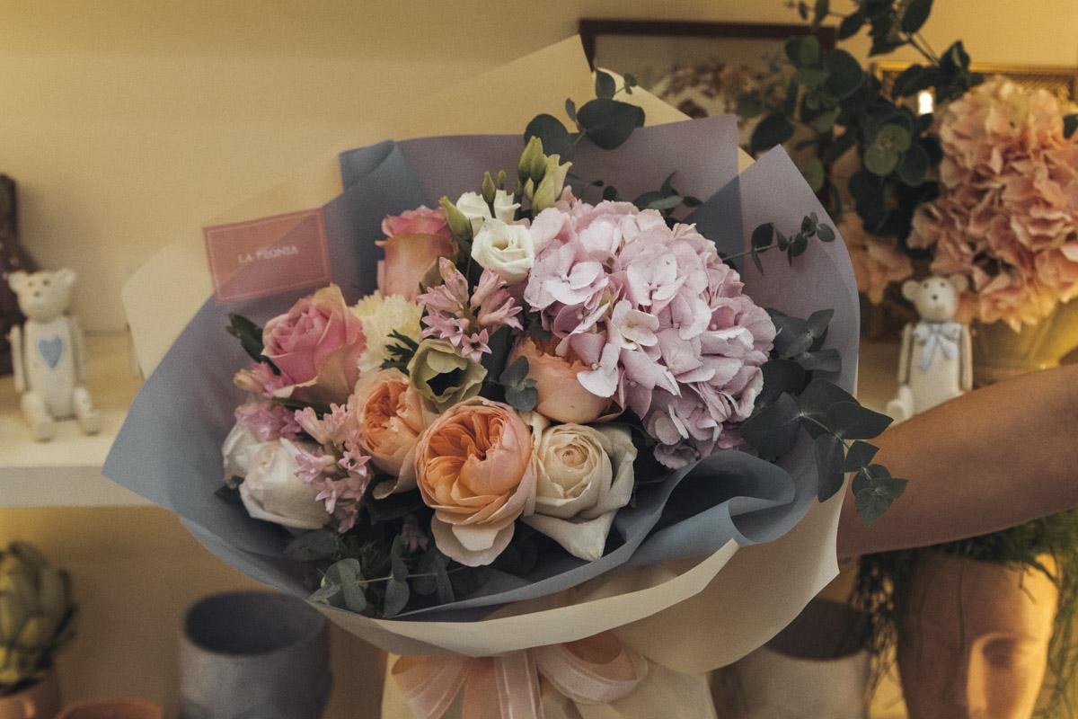Однако не стоит забывать, что День святого Валентина всего раз в году и экономит на своей любви не стоит