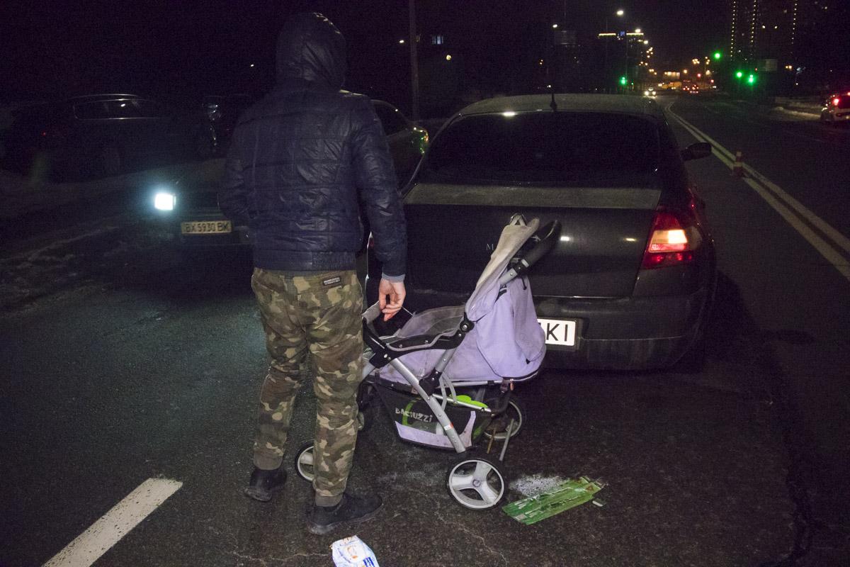 7 февраля в Киеве по адресу улица Старосельская, 15 автомобиль Renault сбил пешехода
