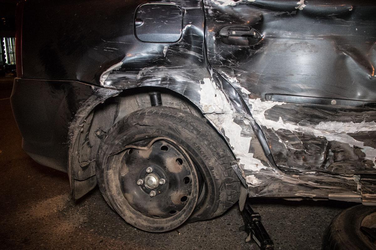 Предварительно, водитель Renault проехал на запрещающий сигнал светофора