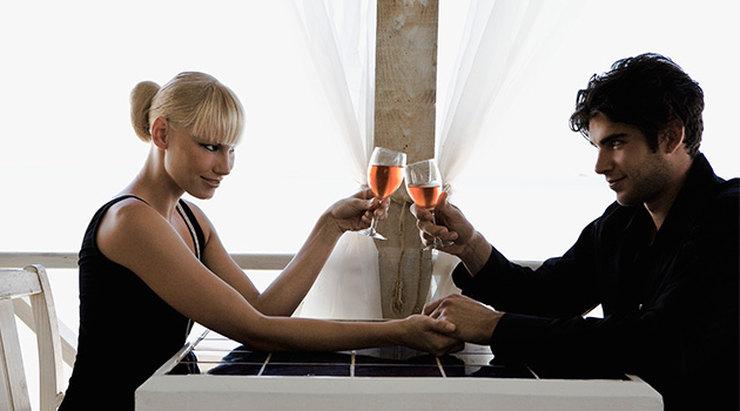 Эксперименты во внешности, одежде или постели - не лучшее развитие событий в День святого Валентина